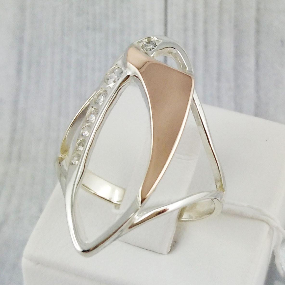 """Серебряное кольцо с золотыми вставками, размер 20 """"Аманда"""""""