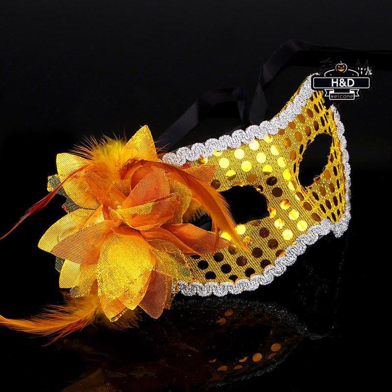 "Яркая золотистая маска ""Пламя""5236 с цветком реклама"