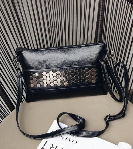 2e33a386a6ee Женская сумочка черная из экокожи с металлическим декором опт купить ...
