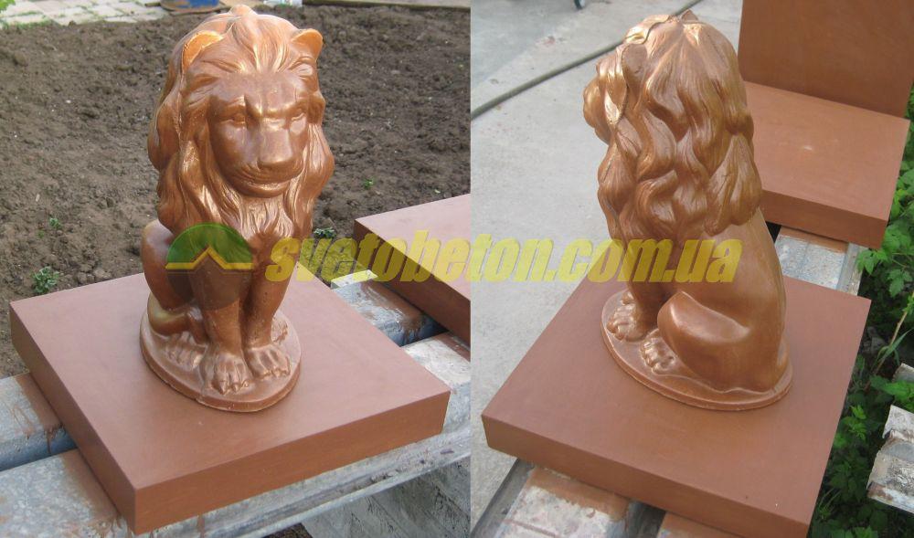 Лев скульптура сидящая садовая фигура льва у входа, бетонная статуя для столбов ворот и калитки забора.