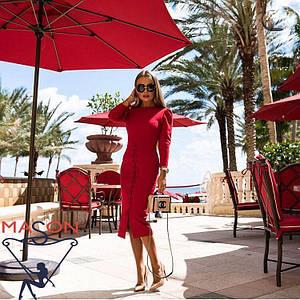 Красное платья с завязками