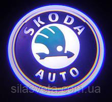 Лазерный проектор логотипа автомобиля SKODA