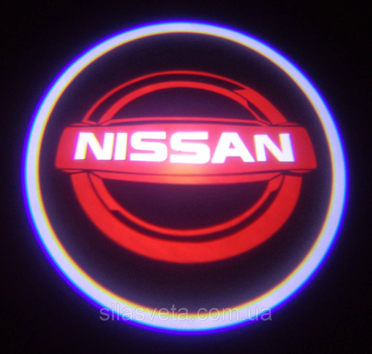 Лазерный проектор логотипа автомобиля NISSAN