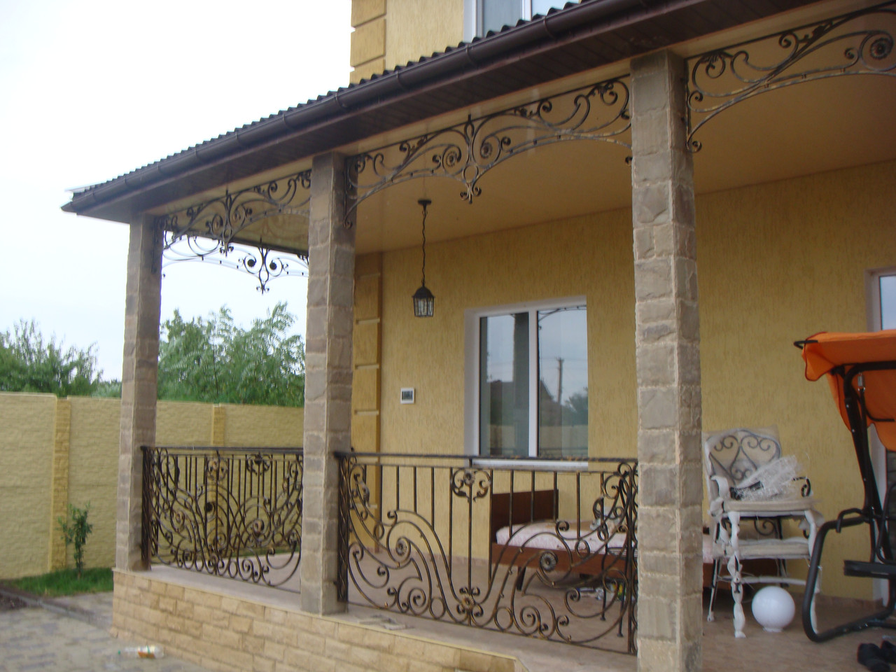 Кованые перила на балкон модель №4