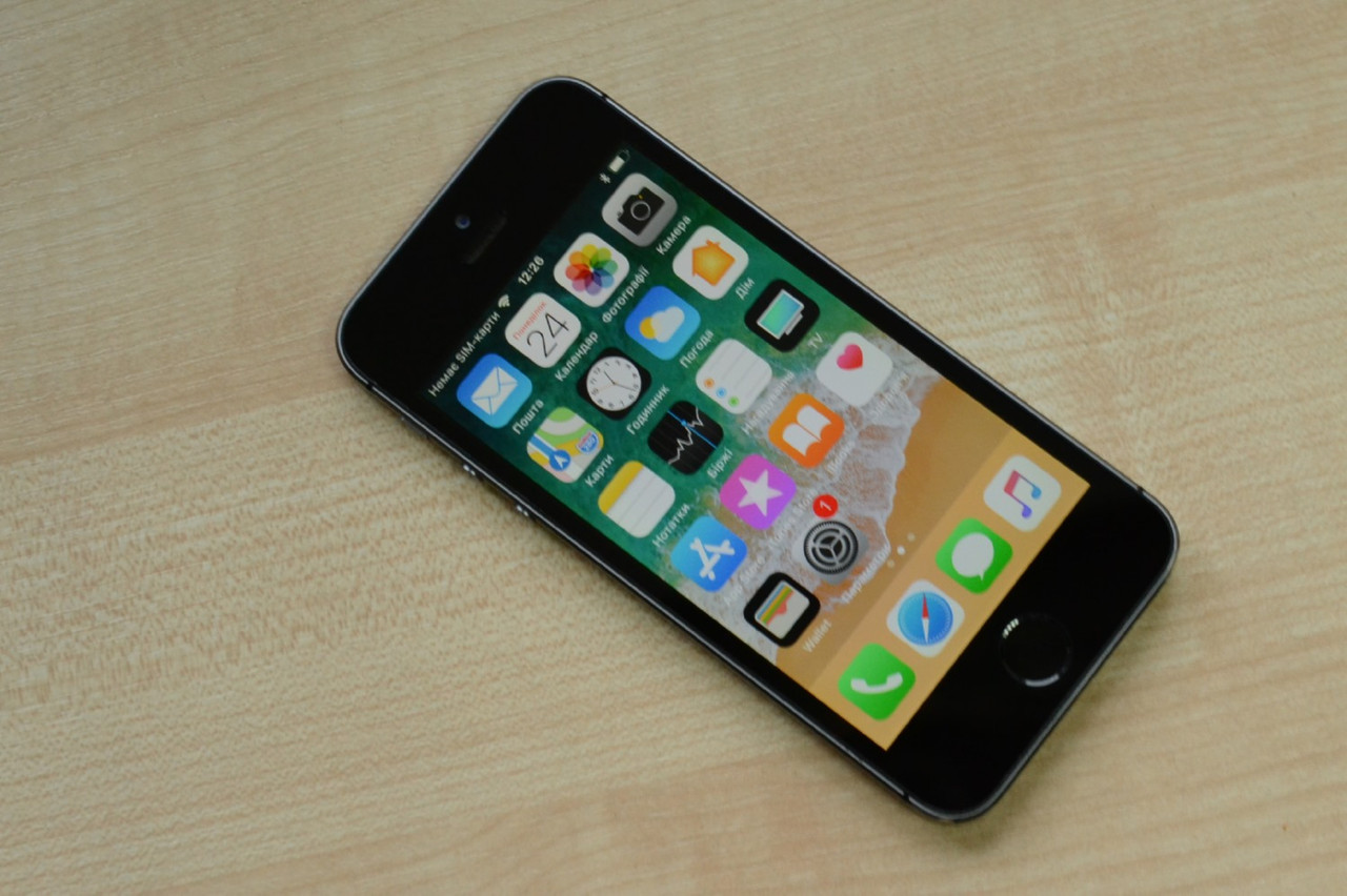 Apple iPhone 5s 16Gb Space Gray Оригинал!