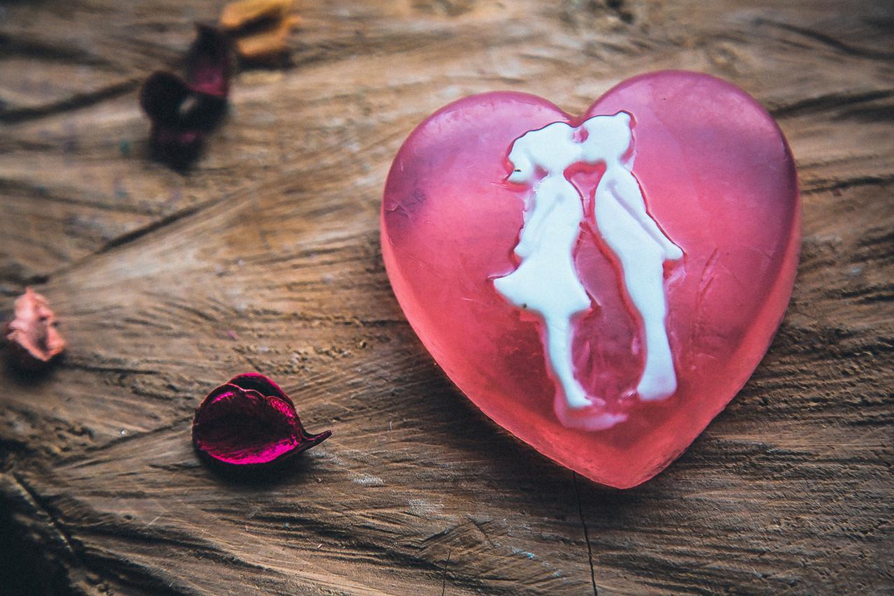 Мыло ручной работы Поцелуй для влюбленных
