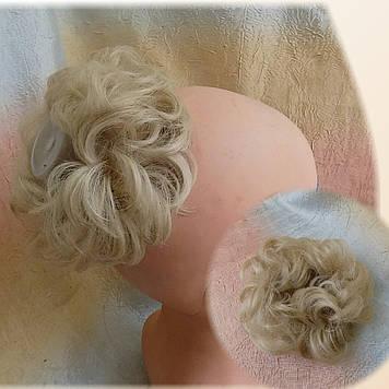 Резинка-шиньон из волос платиновый блонд 977-26
