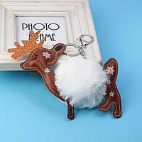 Брелок Рождественский олень, ЭКО кожа + Помпон, Цвет: Серебряный тон, Белый, Коричневый, 15 см x 12 см, фото 1