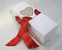 Приглашения на свадьбу Свитки Золотое сердце класса Люкс