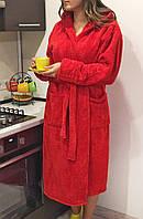 Халат махровый женский красный средней длины с капюшоном и карманами