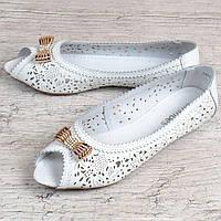 70700d388 Балетки женские кожаные белые с перфорацией Ballet diva с бантом, Белый, 41