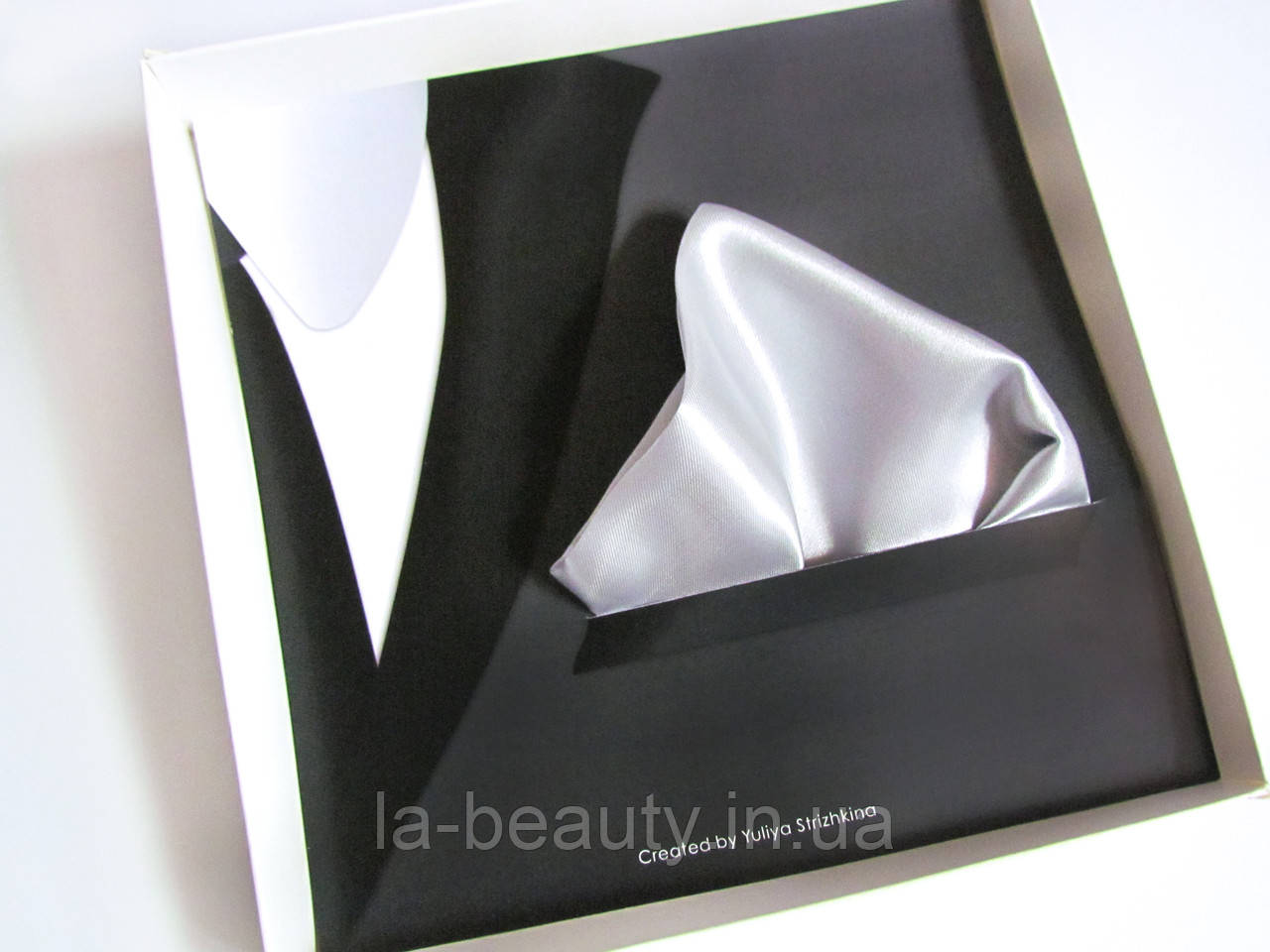 Паше (нагрудный платок для пиджака) серый (серебряный)