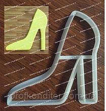 Пластикова вирубка Туфелька