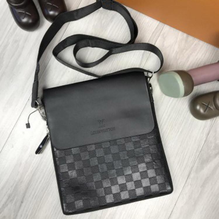 7b1544f4eae9 Классическая мужская сумка-планшетка Louis Vuitton черная через плечо  унисекс кожа PU Луи Виттон реплика