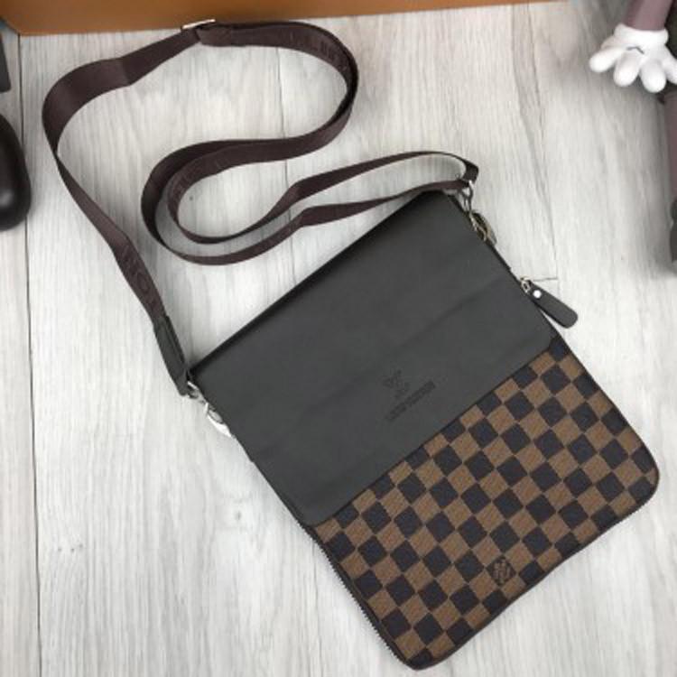 2b059c561181 Брендовая мужская сумка-планшет Louis Vuitton LV коричневая через плечо  унисекс эко-кожа Луи Виттон реплика