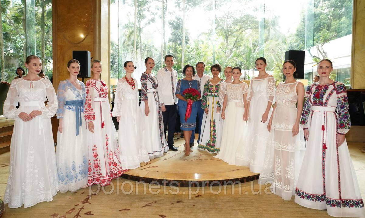 У столиці Малайзії було презентовано колекцію дизайнера Оксана Полонець f8b1666cb1ea7
