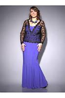 Платье из мягкого тонкого трикотажа, в комбинации с гипюром.