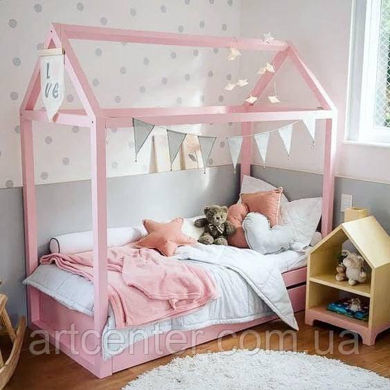 Кроватка-домик для девочки, розового цвета