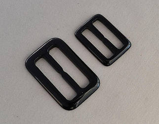 Пряжка пластиковая чёрного цвета арт.25232-bl, цена за упаковку(50шт.)