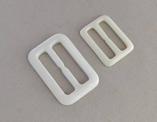 Пряжка пластиковая цвет белый арт.25232-wh, цена за упаковку(50шт.)