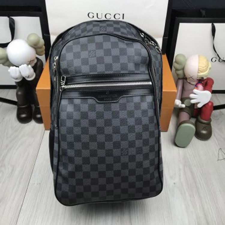 Кожаный женский рюкзак Louis Vuitton LV черный качественный рюкзачок унисекс кожа Луи Виттон премиум реплика