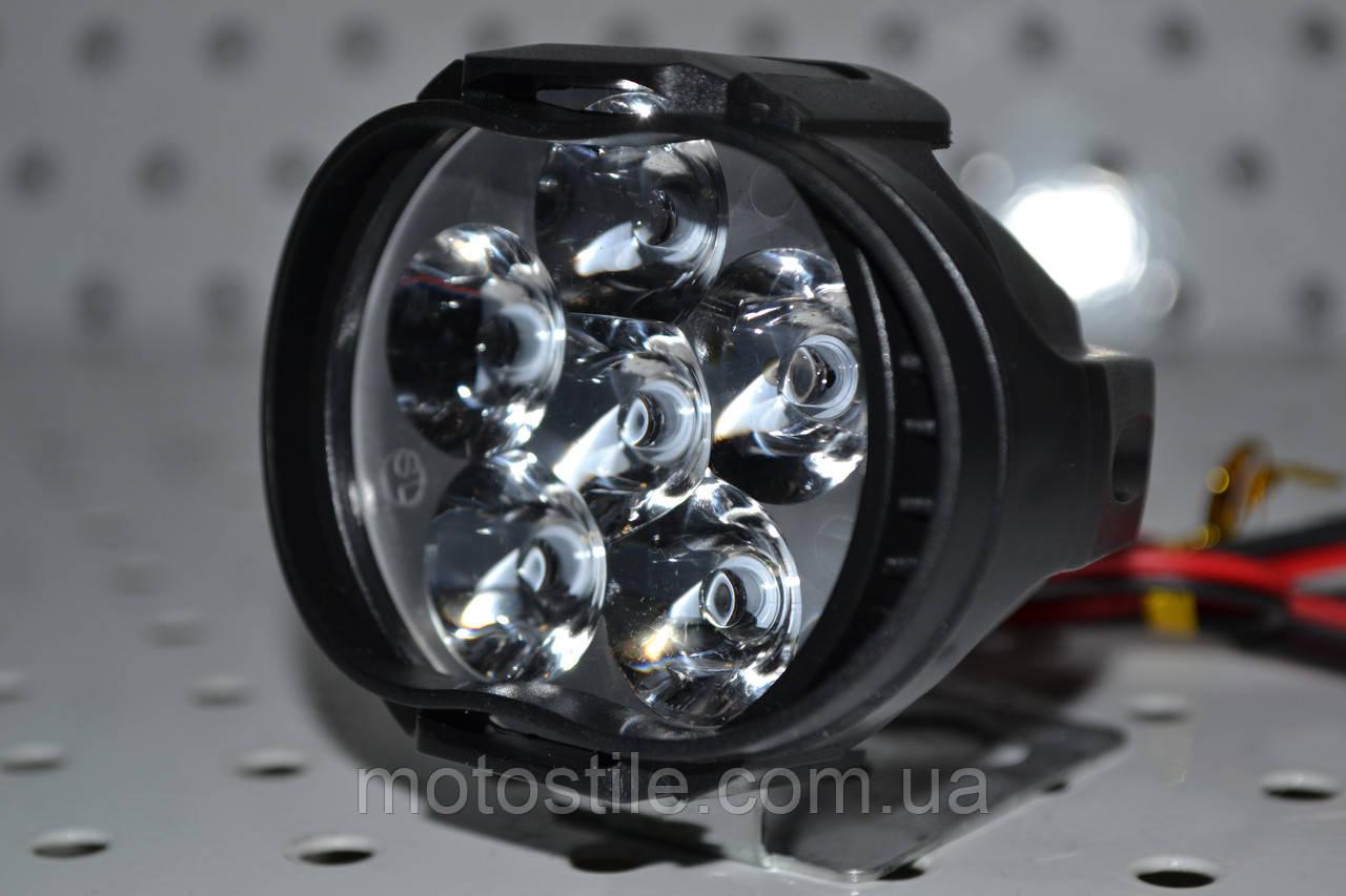 Светодиодная дополнительная LED фара 10W для авто и мототехники