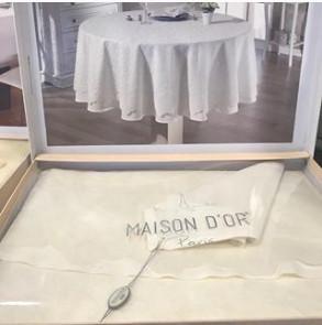 Кругла Скатертину Maison d'or