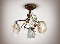 Люстра 3-х ламповая, для спальни, кухни