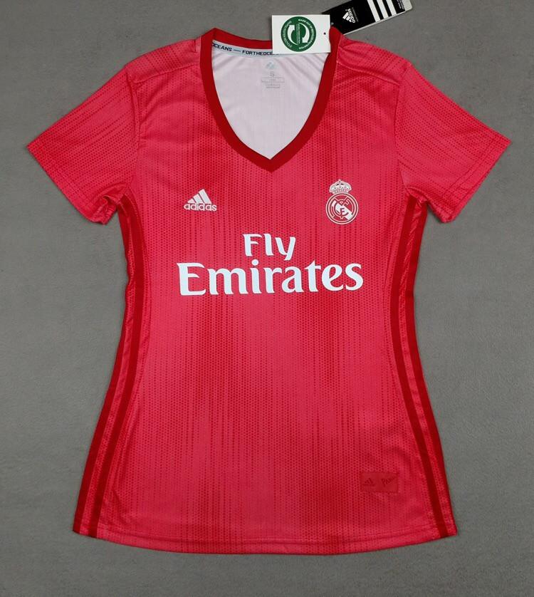 Женская футболка Реал Мадрид (сезон 2018-2019) красная