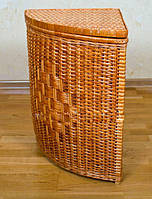 Угловая корзина для белья из лозы