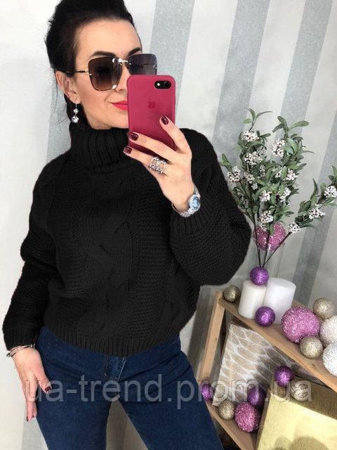 Женский вязаный свитер с косами черный