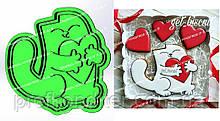 Пластикова вирубка з відбитком Кіт з серцем, висота 12см