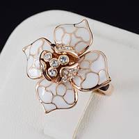 Благовидное кольцо с кристаллами Swarovski, покрытие золото 0491