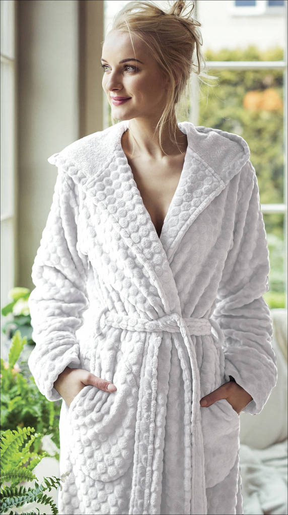 Купити Жіночий довгий халат Key LGL-179 на запах в інтернет-магазині ... 24a30c922f022
