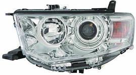 Фара правая Mitsubishi Pajero Sport 09- механический/электрокорректор Н11, НВ3 (DEPO). 214-1197R-LD-EM