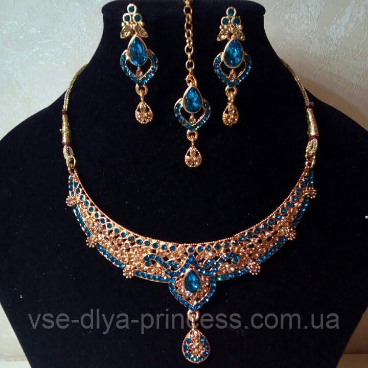 Індійський комплект кольє, тика, сережки до сарі під золото з рожевим камінням