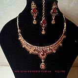 Індійський комплект кольє, тика, сережки до сарі під золото з рожевим камінням, фото 2