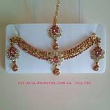 Індійський комплект кольє, тика, сережки до сарі під золото з рожевим камінням, фото 4