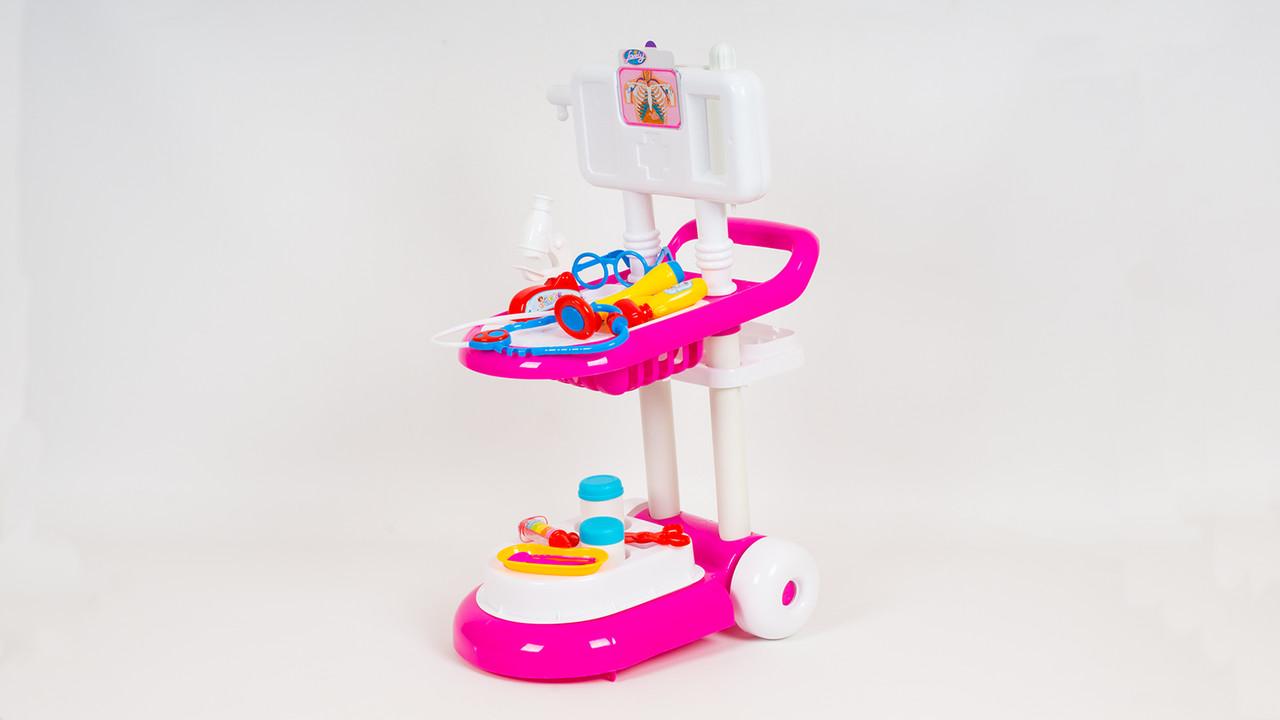 Игровой набор доктора LIMO TOY 13244. В наборе - тележка микроскоп стетоскоп инструменты