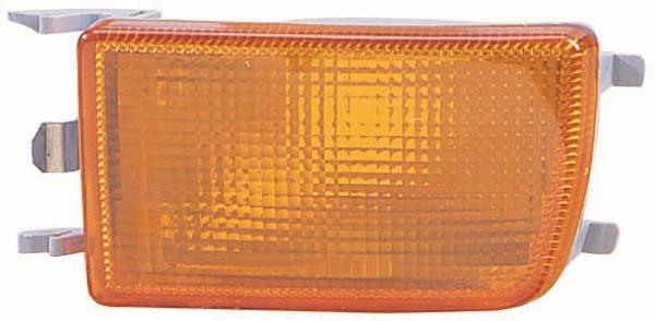 Указатель поворота левый желтый в бампере переднем (активный) Nissan Maxima 00-06 (DEPO)