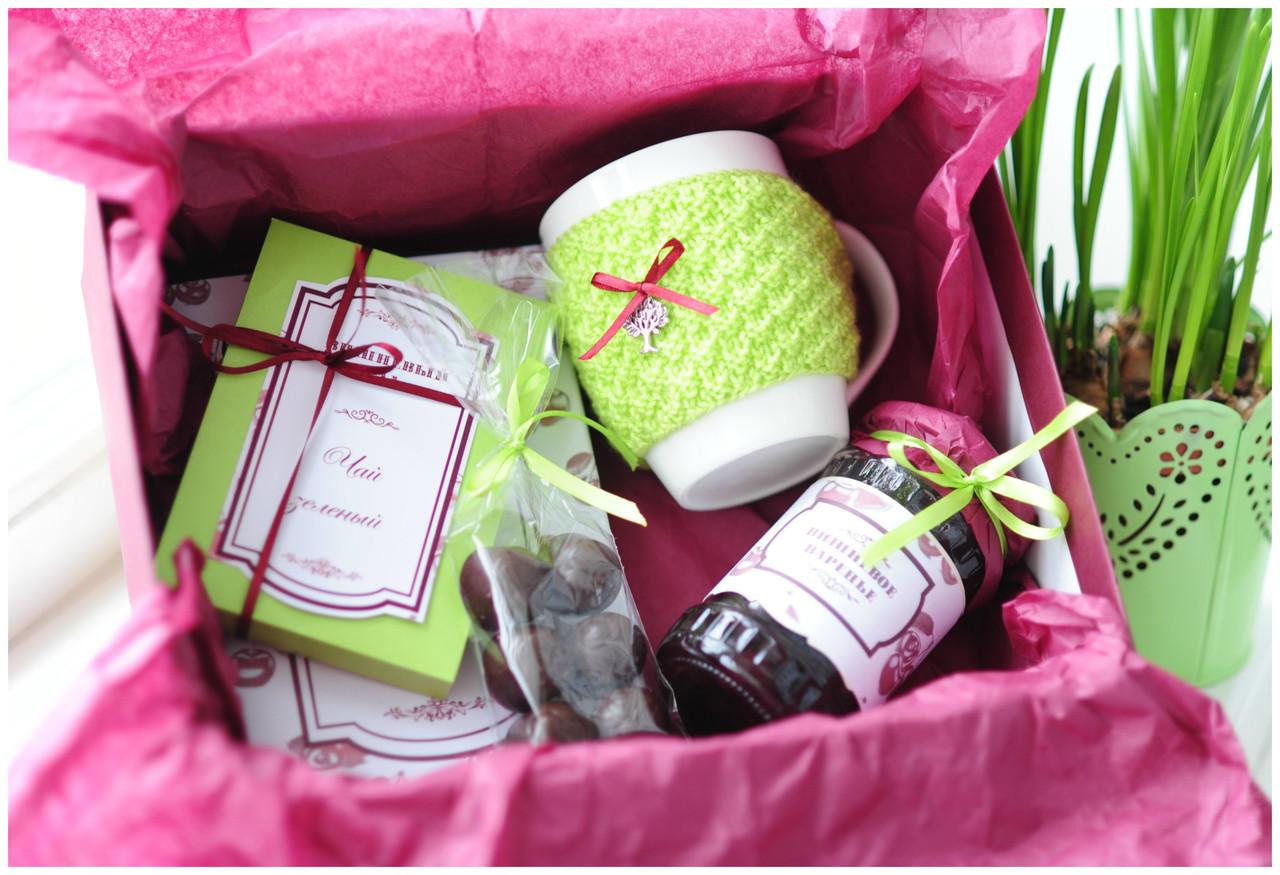 Посмотрите - Подарочные наборы на 8 марта видео