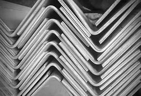 Куточок сталевий гнутий 50х28х4,0мм