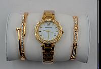 Наручные часы Swarovski c 2я браслетам. В подарочной упаковке!