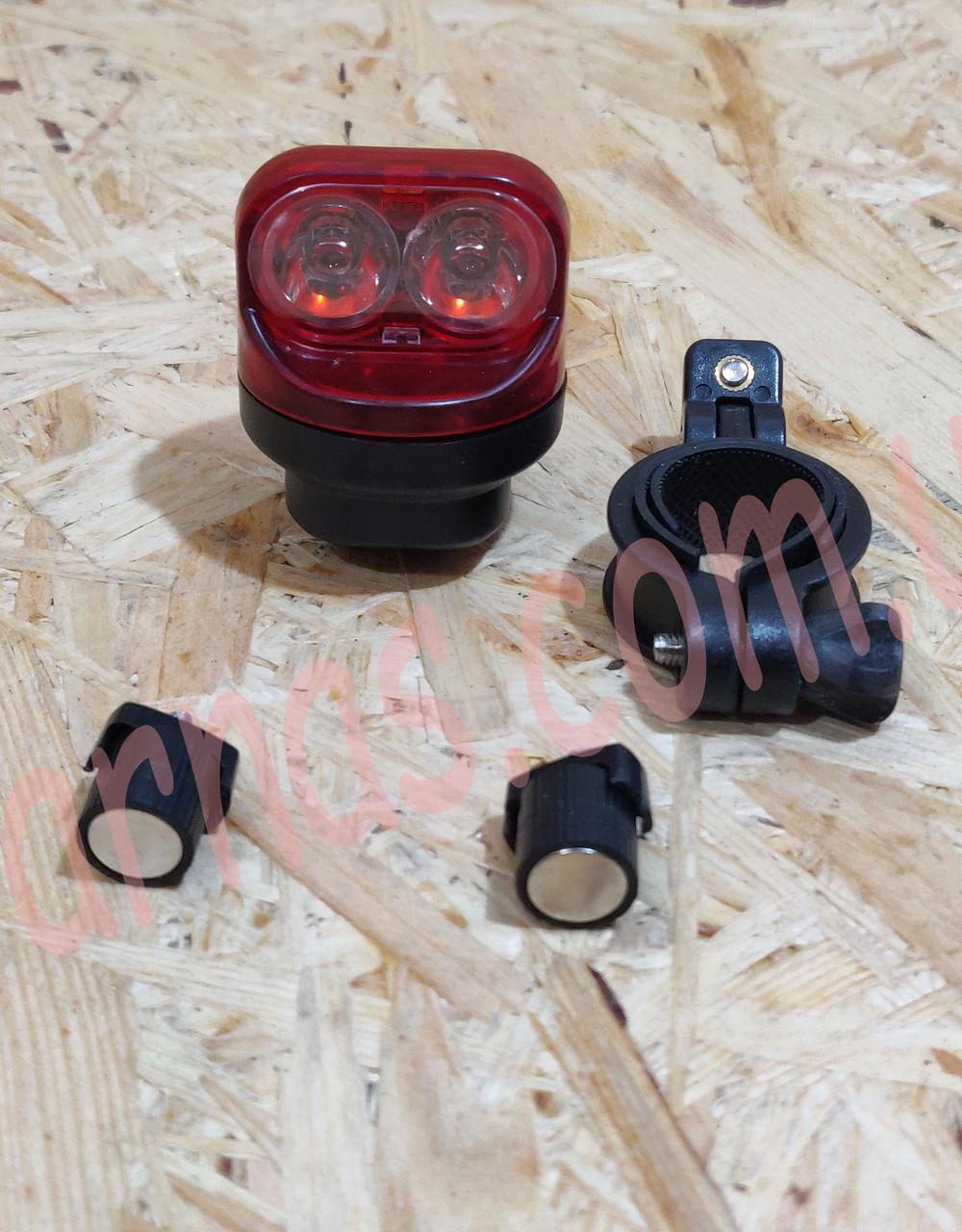 Фонарь велосипедный аккумуляторный 10281 задний свет стоп