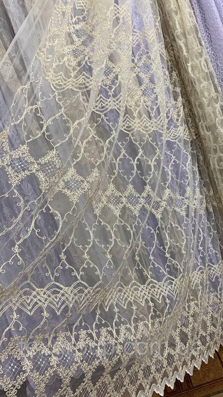 Тюль фатиновая с нежной вышивкой IST-717