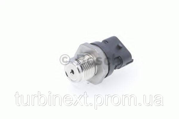 Датчик давления топлива BOSCH 0 281 006 164 Fiat Ducato 2.0D-3.0D Multijet/Citroen Jumper 3.0HDI 06-