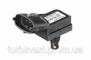 Датчик давления BOSCH 0 281 002 573 наддува Renault Master II 1.9 - 2.5DCI
