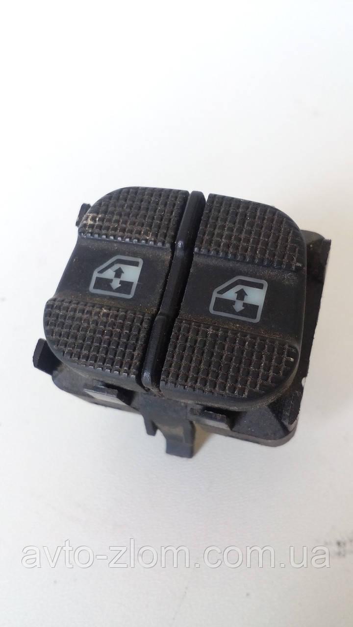 Кнопка стеклоподъемника левая, двойная Volkswagen Passat B4, Sharan, Пассат Б4, Шаран. 3A0959855A.