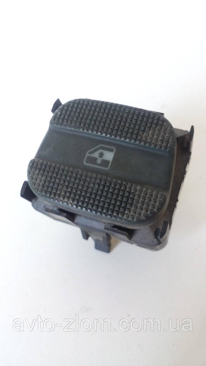 Кнопка стеклоподъемника правая Volkswagen Passat B4, Sharan, Пассат Б4, Шаран. 3A0959855B