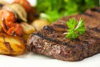 Как сделать блюда, приготовленные на гриле, не только вкусными, но и полезными, читай в этой статье.